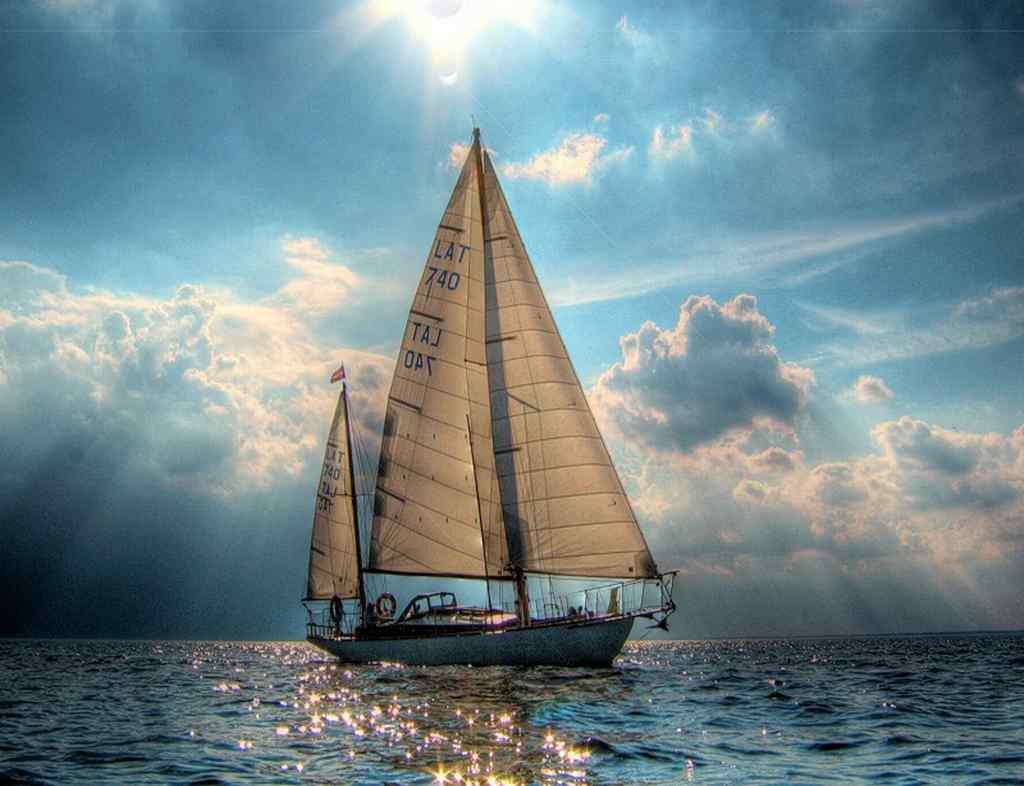 на белом-белом пароходе стоял белый-белый капитан том, как